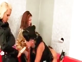 Mega-bitch Fucked And Jizzed On Gloryhole