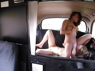 Lesbo Act In Cab Off The Road