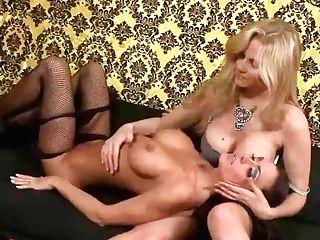 Sugary Cougar Julia Ann Licks Moist Muff Jessica Jaymes!
