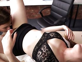 Sluttishly Looking Assistant Samantha Finger Fucks All Girl Gf Right On The Table
